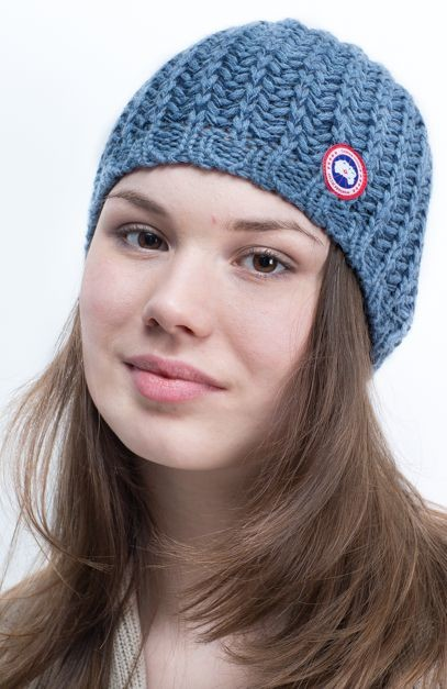 Шапка женская Ladies 2-Tone Toque Canada Goose